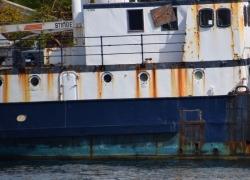 rusty-boat-teal